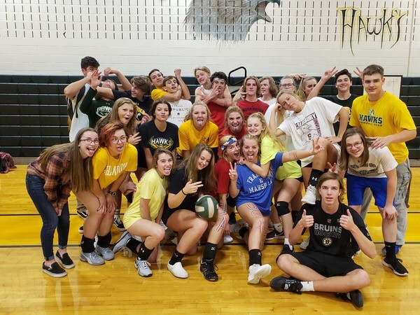Mixing it up; Varsity volleyball serves up annual co-ed game
