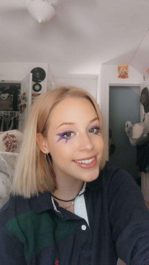 Doing makeup Emphasizing beauty